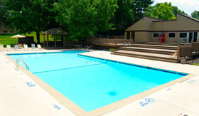 Pool at Suson Pines Apartments in St. Louis