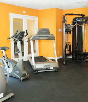 Fitness Center at apartments in St. Louis