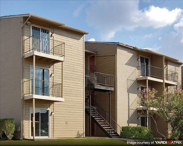 Arrowood Apartments 8304 S Course Drive Houston Tx Rentcafé