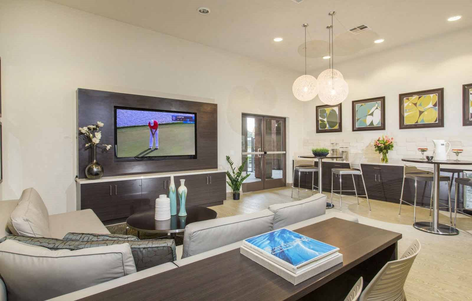Apartments in Mission Valley, San Diego CA | Presidio View