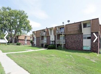 Fontainebleau Apartments, 801 W 29Th Ave. Studio-2 Beds Apartment for Rent Photo Gallery 1