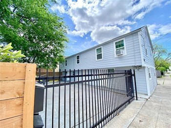 408 N Cesar Chavez Boulevard 1 Bed House for Rent Photo Gallery 1