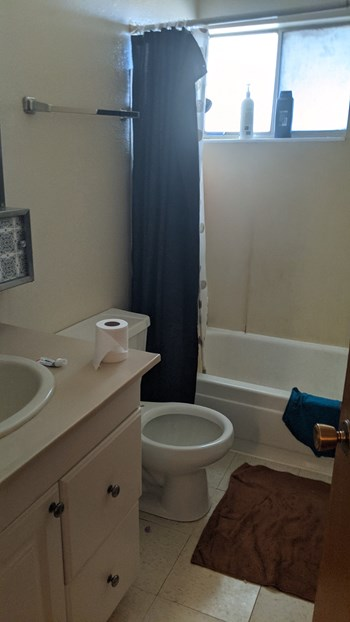 110 North Ford Street 2 Beds Apartment for Rent Photo Gallery 1