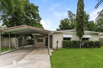 11447 VERA DR 3 Beds House for Rent Photo Gallery 1