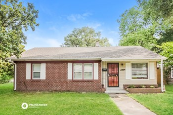 4561 QUINCE RD 3 Beds House for Rent Photo Gallery 1