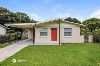 470 SUNNYVIEW 4 Beds House for Rent Photo Gallery 1