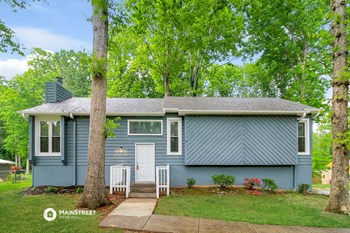 1109 VILLAGE OAK DR 3 Beds House for Rent Photo Gallery 1
