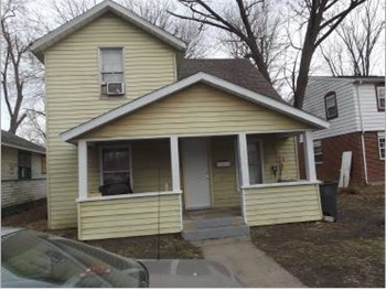 1933 East Calvert Street 3 Beds House for Rent Photo Gallery 1