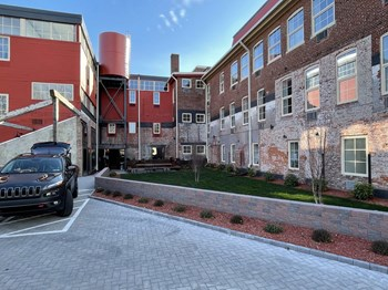 1409 West Broad St Studio-4 Beds Apartment for Rent Photo Gallery 1