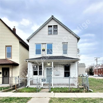 4906 Northcote Ave 2 Beds Apartment for Rent Photo Gallery 1