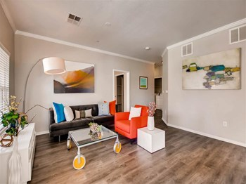 6107 South Parker Road 1-3 Beds Apartment for Rent Photo Gallery 1