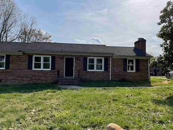10429 West Providence Road 3 Beds House for Rent Photo Gallery 1