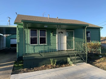901 NW 99Th St. 3 Beds House for Rent Photo Gallery 1