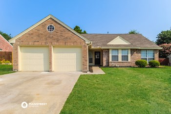 7718 Spinnaker Cove 4 Beds House for Rent Photo Gallery 1