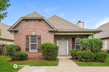 1028 WASHINGTON DR 3 Beds House for Rent Photo Gallery 1