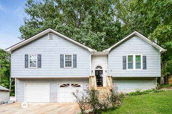 242 WHITE OAK ST 3 Beds House for Rent Photo Gallery 1