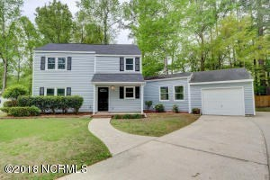 105 Brenton Place 3 Beds House for Rent Photo Gallery 1