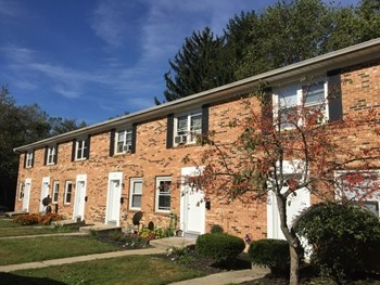 179 N. Madison Rd 2 Beds Apartment for Rent Photo Gallery 1