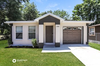 1360 S CENTRAL AVE 3 Beds House for Rent Photo Gallery 1