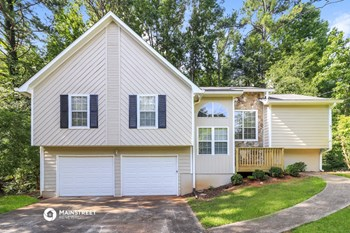 4760 WOODCREST TR 4 Beds House for Rent Photo Gallery 1