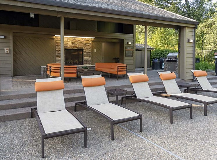 Lounge chairs in a roow