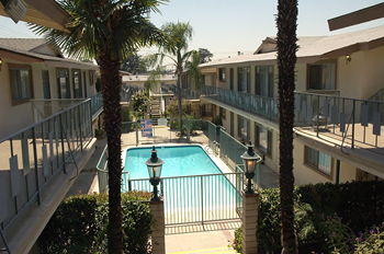 702-712 W. Foothill Blvd. 1-2 Beds Apartment for Rent Photo Gallery 1