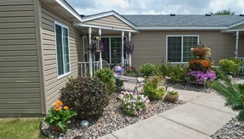 8240 E Point Douglas Rd S 1-3 Beds Townhouse for Rent Photo Gallery 1