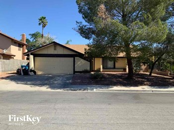 6562 Appletree Circle 3 Beds House for Rent Photo Gallery 1