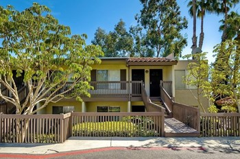 615 Vine Street, #14 1 Bed House for Rent Photo Gallery 1