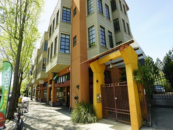 2616 Telegraph Ave. 1 Bed Apartment for Rent Photo Gallery 1