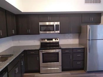 709 SW 88Th Avenue 1-2 Beds Apartment for Rent Photo Gallery 1