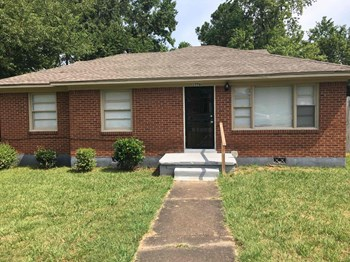 1776 Victoria Avenue 3 Beds House for Rent Photo Gallery 1