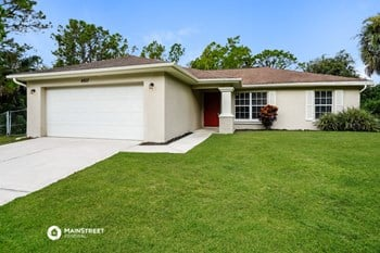 4603 Queen Ave N 3 Beds House for Rent Photo Gallery 1