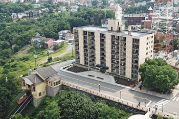 5 Grandview Avenue 2 Beds Apartment for Rent Photo Gallery 1