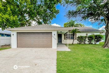 16136 SURREY DR 3 Beds House for Rent Photo Gallery 1