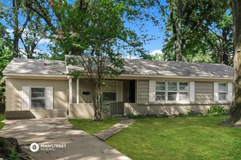 4570 E DEARING RD 3 Beds House for Rent Photo Gallery 1