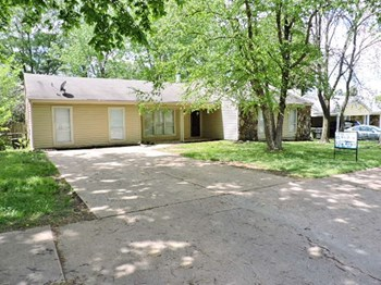 4299 Crescent Park Drive 4 Beds House for Rent Photo Gallery 1
