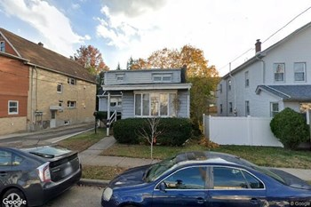 376 Central Ave.-----(K-27B) Studio Apartment for Rent Photo Gallery 1