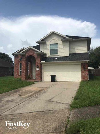 8008 Blue Jay Street 3 Beds House for Rent Photo Gallery 1