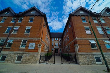 161 Langside St. 1 Bed Apartment for Rent Photo Gallery 1