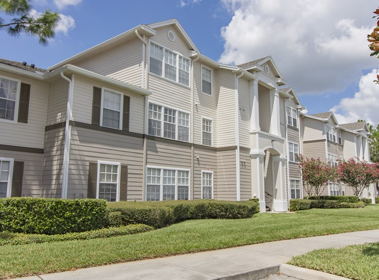 Lee Vista Apartments for rent in Orlando, FL. Make this community your new home or visit other ConcordRENTS communities at ConcordRENTS.com. Building exterior