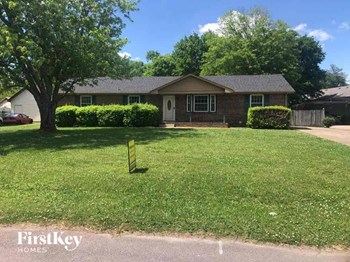 209 Davis Park Drive 3 Beds House for Rent Photo Gallery 1