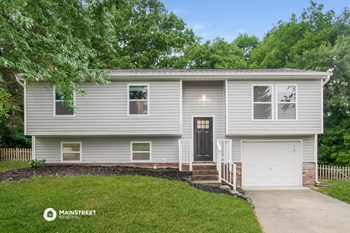 8542 GLENWAY CT 4 Beds House for Rent Photo Gallery 1