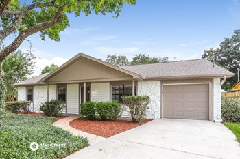 302 N MILLER RD 3 Beds House for Rent Photo Gallery 1