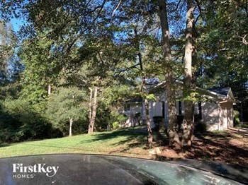 445 Briarwood Road 5 Beds House for Rent Photo Gallery 1