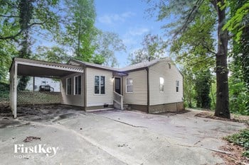 476 Rigby St 3 Beds House for Rent Photo Gallery 1