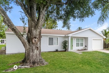 391 SW HOMELAND RD 3 Beds House for Rent Photo Gallery 1