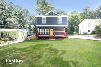 233 Clayton Street 4 Beds House for Rent Photo Gallery 1