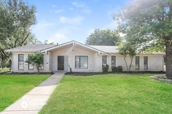 1425 HURSTVIEW DR 3 Beds House for Rent Photo Gallery 1