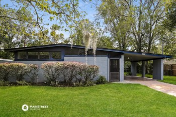 7052 CLOVIS RD 3 Beds House for Rent Photo Gallery 1